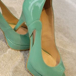 Marc Fisher shoes 7.5 peep toe